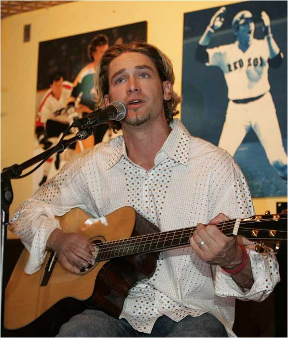 "At a concert for the cast members of ""Desperate Housewives,"" Cincinnati Reds starter Bronson Arroyo showcases a voice as enchanting as his off-speed stuff. Arroyo, who once lent vocals to the Dropkick Murphys, taught former teammate Kevin Millar how to play the guitar."
