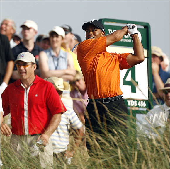 It was the sixth time Tiger Woods, the defending Open champ, has shot 5 under or better in the first round of a major.
