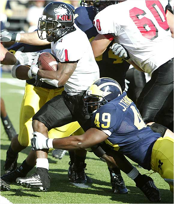 At 5-foot-7, 176 pounds, Wolfe doesn't seem like the most imposing force upon first glance. But don't tell that to any team that has faced the Huskies speedy tailback, who has rushed for 3,236 yards in the last two seasons. In last year's opener, Wolfe ran for 176 yards against Michigan in the Big House, including a 76-yard TD scamper.