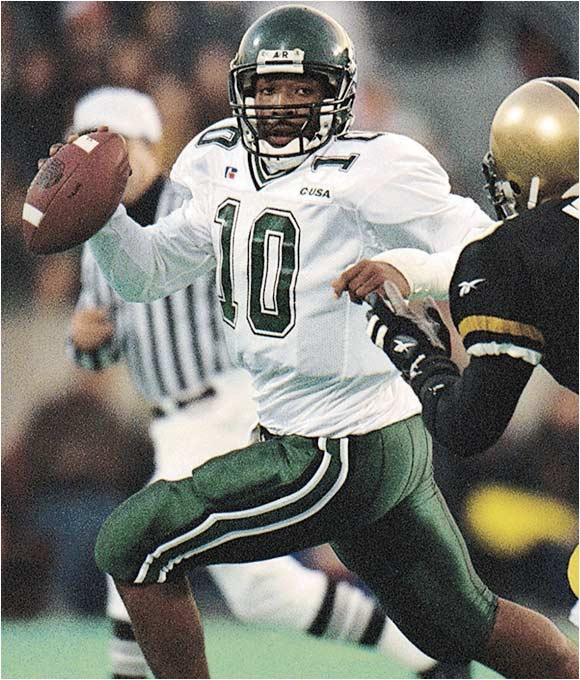 Best season: Won Liberty Bowl in 1998<br><br>'98 passing stats: 223 of 328 (68.0 percent), 3,232 yards, 36 TDs, 6 INTs<br><br>'98 rushing stats: 140 carries, 532 yards, 10 TDs<br><br>King orchestrated the greatest season in Tulane history, leading the Green Wave to a 12-0 record in '98 while setting a I-A record for pass efficiency (183.3). He capped off the year by running for 109 yards and passing for 276 in a 41-27 win over BYU in the Liberty Bowl.