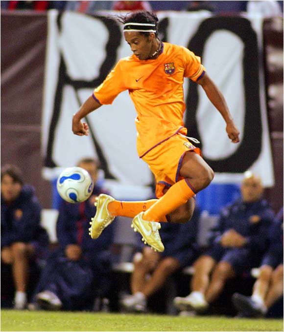 Ronaldinho scored two goals in FC Barcelona's exhibition game with the New York Red Bulls at Giants Stadium.