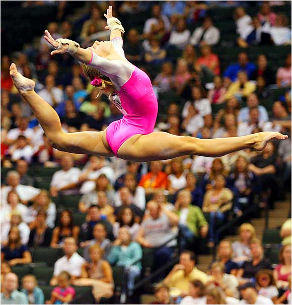 Randy Stageberg competes in the floor exercise at the Visa Championships in St. Paul.
