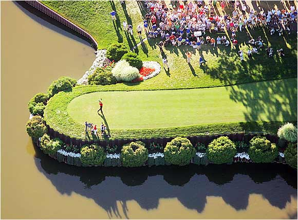 Tiger Woods teed off on 18 at Medinah with the PGA Championship already in the bag.