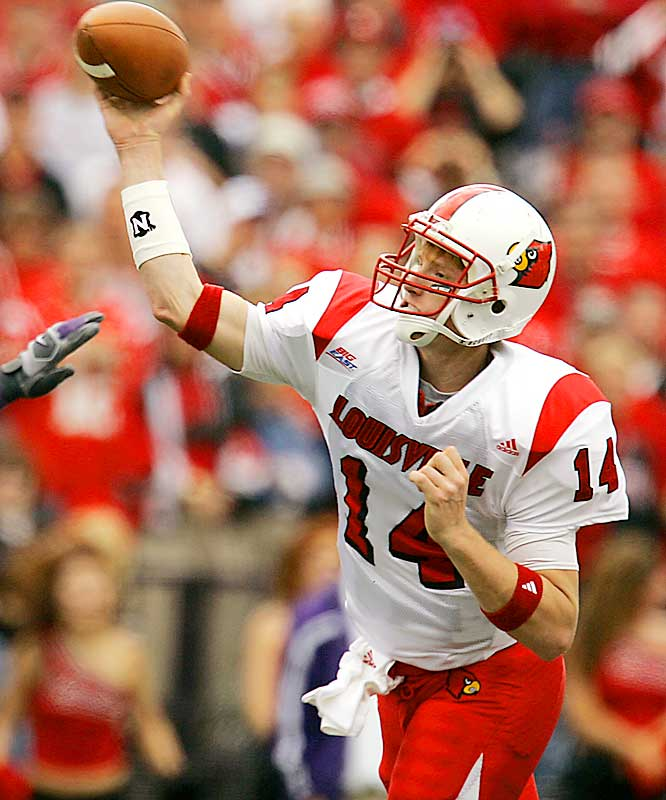 In the first half of the season opener, Heisman Trophy candidate RB Michael Bush broke his leg, effectively ending his season. Yet Louisville still ranks seventh nationally with 249.5 rushing yards per game. A second Heisman trophy candidate (QB Brian Brohm) went down in the third quarter against Miami, but the Cardinals continue to roll with backup QB Hunter Cantwell (left).