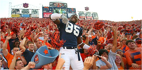 Auburn linebacker Alonzo Horton is serenaded by Tigers fans after his team held off LSU.