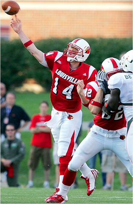Louisville had already lost one Heisman Trophy candidate for the season in running back Michael Bush. Then, in last week's blowout win over Miami, the Cardinals lost another Heisman hopeful in QB Brian Brohm, who tore a ligament in his right hand and will miss a month. Cantwell will start under center against undefeated Kansas State. Last season he started two games and went 1-1 after Brohm's season-ending knee injury.