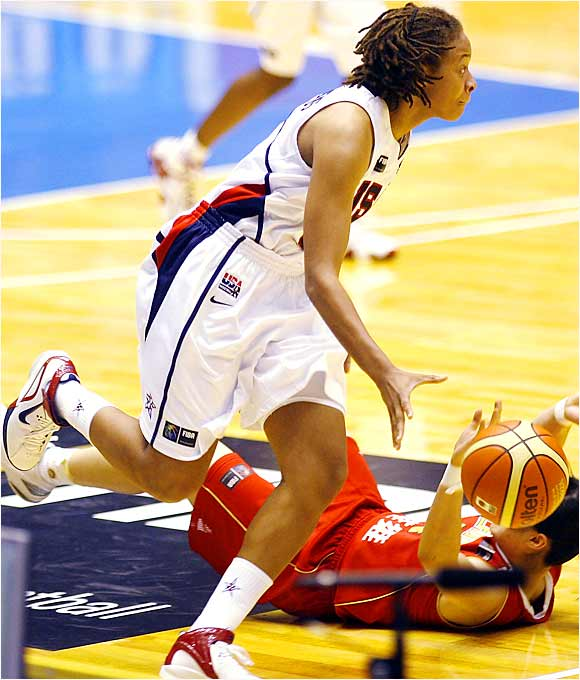 After shooting 5 for 11 in her first world-championships appearance, Seimone Augustus hit all three of her field goal attempts and all four of her free throws in her next outing, a 23-point U.S. victory over Nigeria.