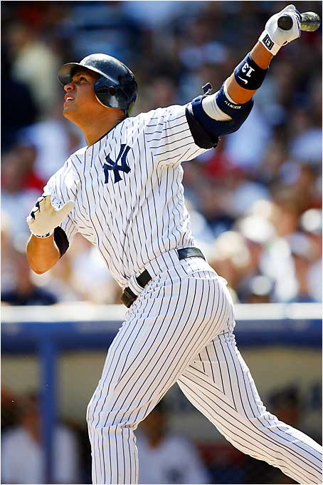 Slump? What slump? Alex Rodriguez raked two homers and drove in five runs as the Yankees trounced the Twins 10-1 at Yankee Stadium on Sunday. A-Rod has now reached 30 homers and 100 RBIs for the ninth straight season, the longest streak since Hall of Famer Jimmie Foxx did it in 12 consecutive years (1929-1940).