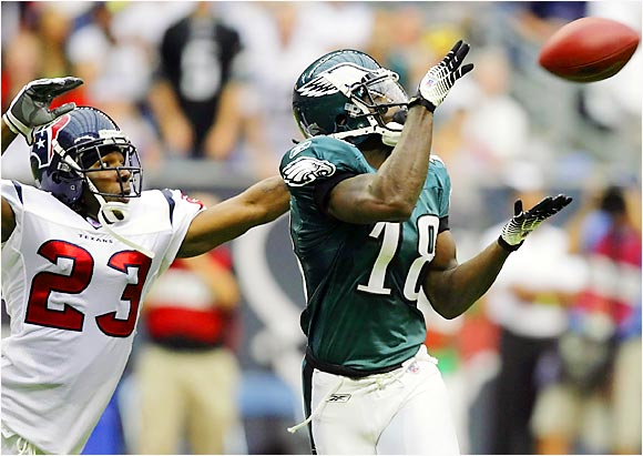 Eagles receiver Donte' Stallworth caught six passes for 141 yards, including a 42-yard touchdown reception, to help his new team beat the Texans 24-10 on Sunday in Houston.