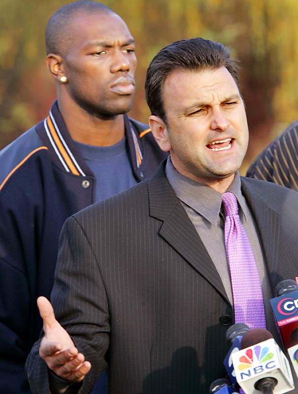 Owens was displeased with his contract entering the '05 season, and his relationship with the Eagles deteriorated. On Nov. 4 coach Andy Reid suspended Owens for conduct detrimental to the team. On Nov. 8, Owens and his agent Drew Rosenhaus held an impromptu press conference to discuss the situation.