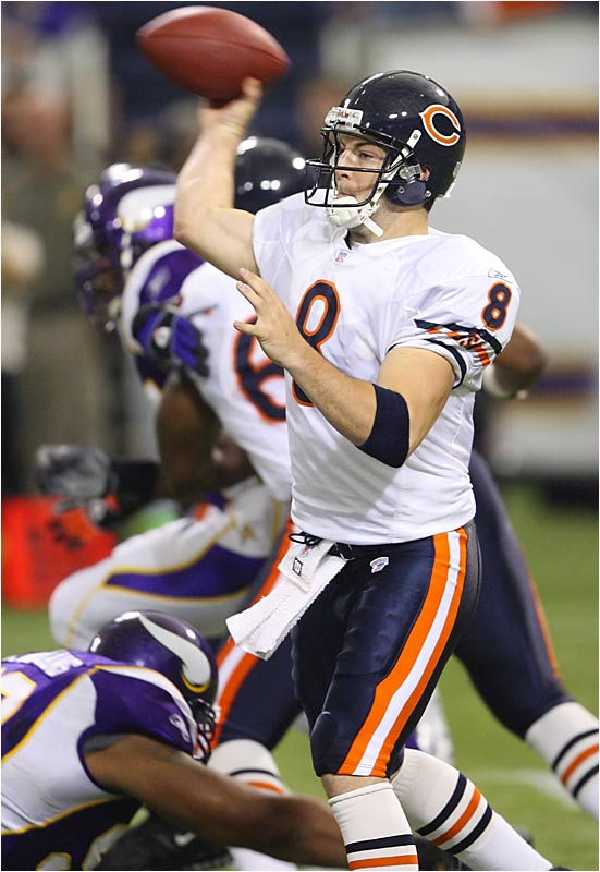 Quarterback Rex Grossman kept an undefeated season going for the Bears with a 24-yard touchdown pass to Rashied Davis with less than two minutes to play.  Grossman completed 23 of 41 passes for 278 yards in the 19-16 victory over the Vikings.