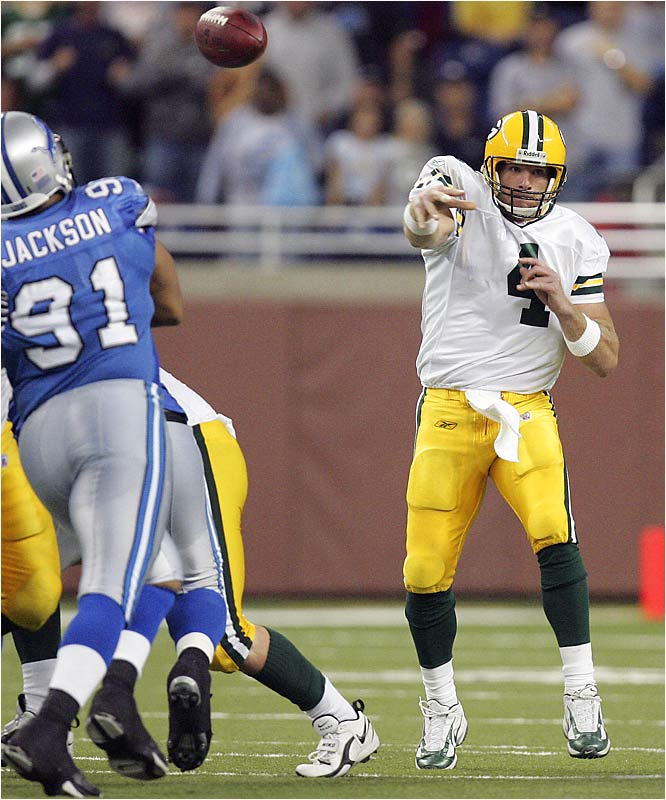 Brett Favre became the second player in NFL history to throw 400 career touchdown passes. He finished the day with three TD throws in a 31-21 win over Detroit.