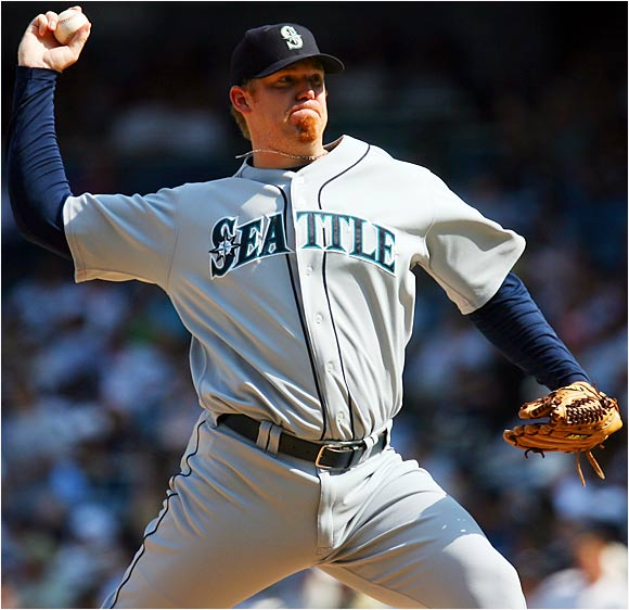 "When you hear his name, it sounds like JJ ""puts"" the ball over the plate, but as Seattle's closer he's apt to look like the Yiddish word for idiot (or worse) if he blows a save. Fortunately, Putz puts most batters down. He has 82 strikeouts in 62.2 innings to go along with 28 saves this season."