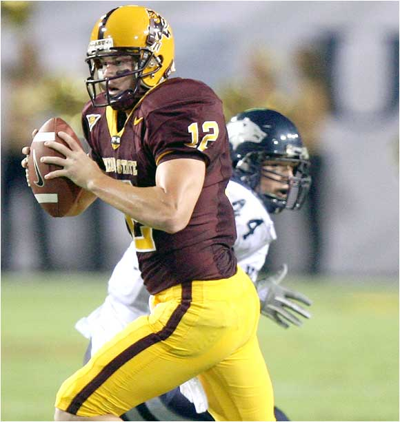 Rudy Carpenter (12) threw for 333 yards and five touchdowns in the Sun Devils' win.