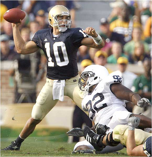 Brady Quinn (10) threw for 287 yards and three touchdowns on 25-of-36 passing.