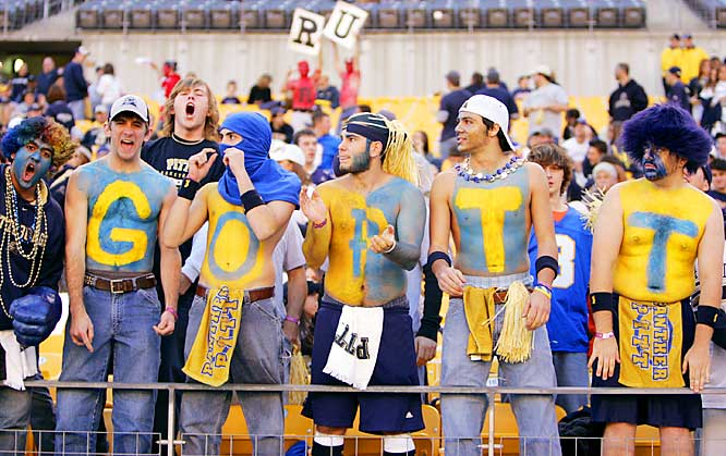 These Pitt fans could have used an I, and their team could have used a D during its loss to Rutgers on Saturday.