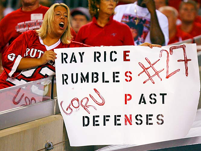 After gaining 202 yards against the USF Bulls, Ray Rice proved that this sign was not a misstatement.