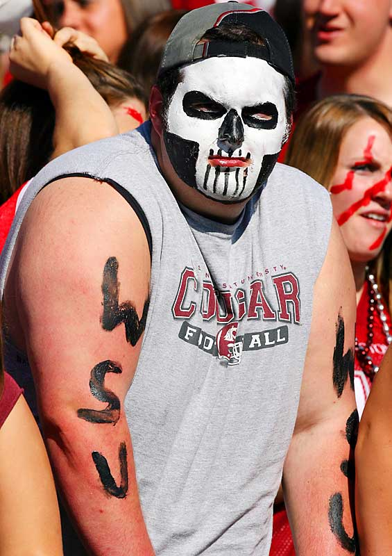 An A for effort with this face paint, but we're not exactly sure what look this Washington State fan was going for.
