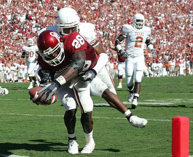 Despite 109 yards and this second-quarter touchdown from Adrian Peterson, the Sooners couldn't slow the Longhorns' offense.