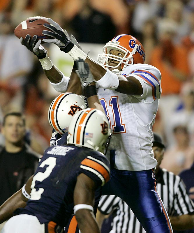 Dallas Baker was on the receiving end of a 15-yard touchdown pass from Chris Leak in the second quarter as Florida took a 10-3 lead over Auburn.
