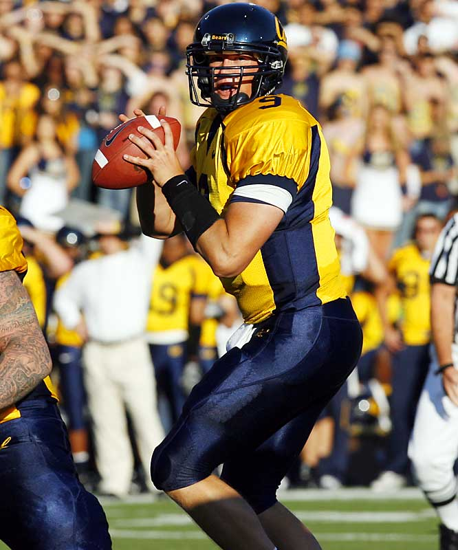 The beginning of Longshore's career was far from easy. First, he broke his leg in Cal's 2005 opener, ending his season. Then he managed just 85 yards passing with an interception before being pulled from Cal's 2006 opener, a blowout loss to Tennessee. But since the embarrassment in Knoxville, Longshore has compiled 1,501 yards and 17 touchdowns in six straight Cal wins.