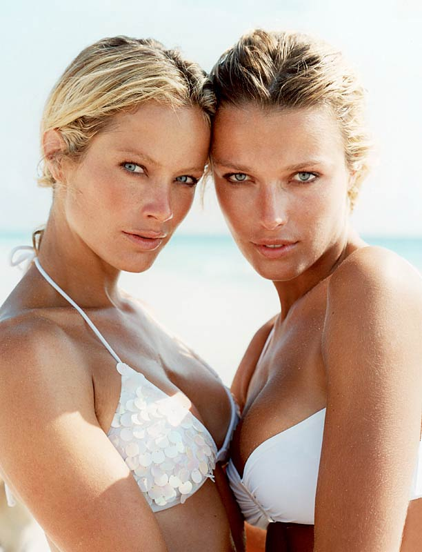 Carolyn Murphy & Veronica Varekova.