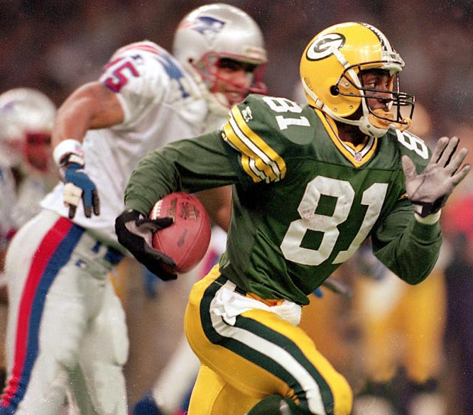 Desmond Howard became the first special teams player to win Super Bowl MVP after his 99-yard kickoff return turned out to be the game-clinching touchdown in the Packers 35-21 victory. He also had 90 yards in punt returns.