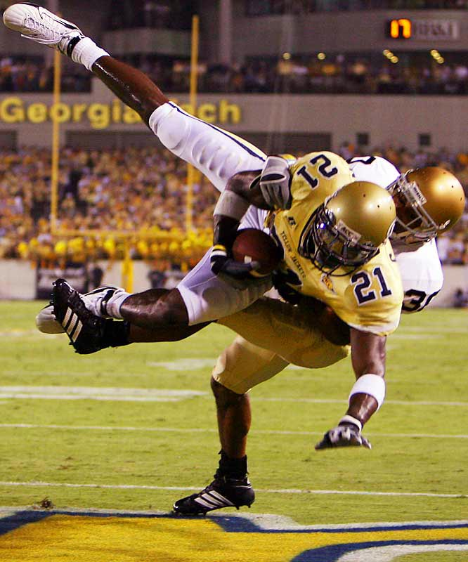 As the college football season passes the midway mark, here's a projection of which players would be taken first in the 2007 NFL draft. <br><br>Georgia Tech's game-breaking and game-controlling receiver is destined to be a Top 3 pick.