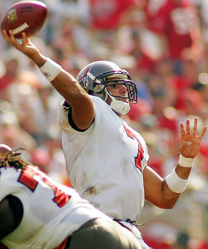 Last week: unranked <br><br>Gradkowski has led the Bucs to two straight wins and is showing the poise and confidence of a veteran. He'd better, because the Bucs' schedule is brutal. The rookie out of Toledo faces the Giants' impressive pass rush this week, followed by the Saints and the Panthers. He's thrown four touchdowns and only one interception this season.