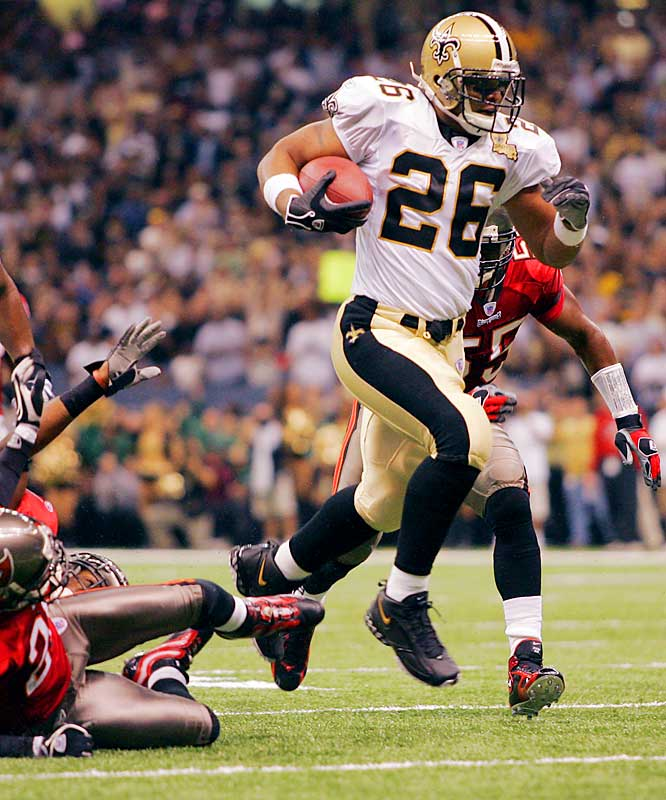 Saints running back Deuce McAllister rushed for 123 yards and a touchdown on 15 carries as New Orleans improved to 4-1.