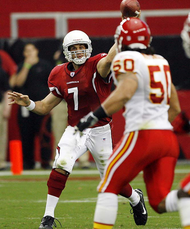 Matt Leinart's first NFL start was strong, with 22 completions, including two for touchdowns, but the Chiefs rallied from a 10-point, fourth-quarter deficit to beat the Cardinals.