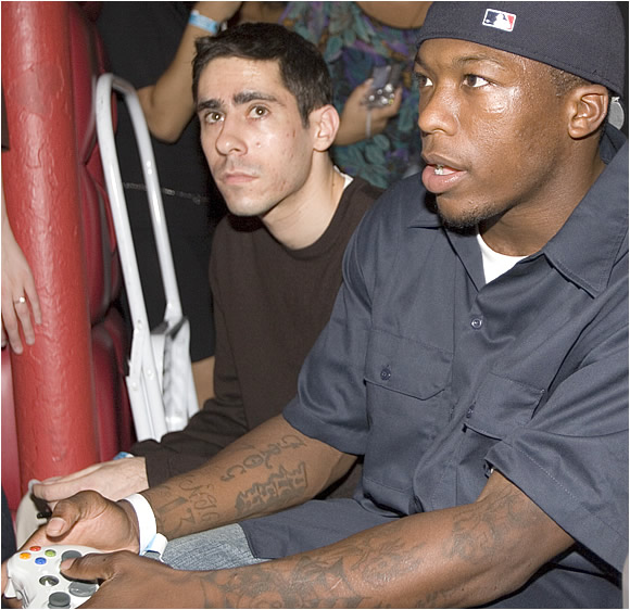 Second-year Knicks guard Nate Robinson is a talented gamer, and he loves to talk about it. The 2006 Slam Dunk Champion played -- and trash talked -- his way into the 2K7 Tournament final.