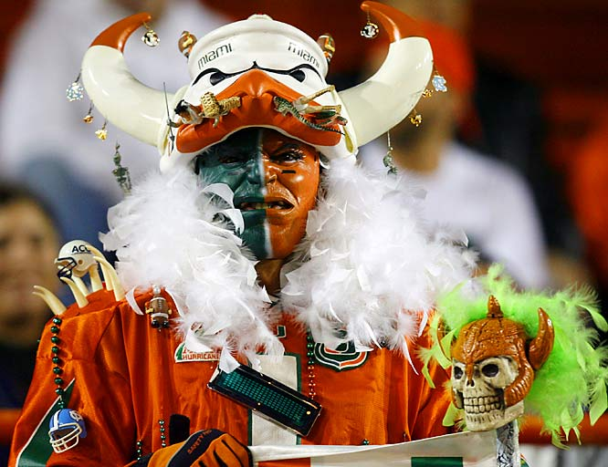Give credit to this Miami fan -- despite the team's 5-6 record, he still went all out for the game.