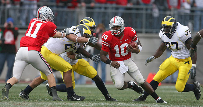 Ohio State quarterback Troy Smith not only threw for 316 yards against Michigan, he also ran for 17 yards on four carries.