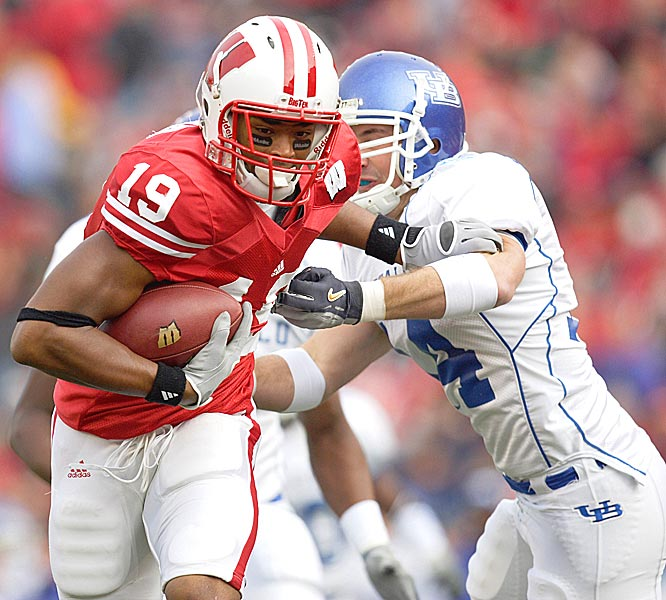 Paul Hubbard opened the scoring for Wisconsin with a 26-yard catch as the Badgers secured their first 11-win regular season in school history.
