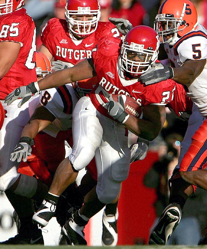 The Scarlet Knights posted the second 10-win season in school history as Ray Rice (27) ran for 107 yards and a touchdown in beating Syracuse.