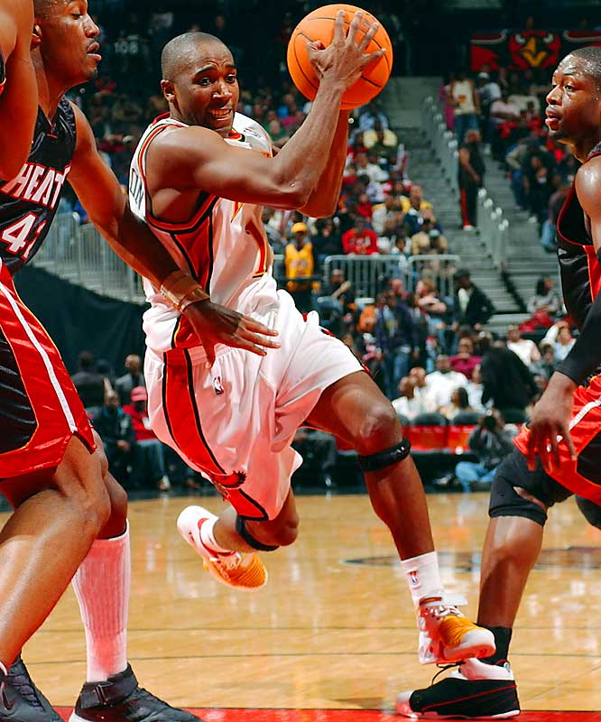 Hampered by an aching left knee, Atlanta's big free-agent acquisition is averaging just four points in 22 minutes per game -- a frighteningly poor average for a supposed scoring point guard. Claxton has nearly as many turnovers (19) as assists (24) and he's shooting 22.8 percent from the floor.