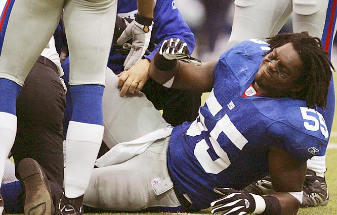 On the same day that he registered his first career sack for a safety and was enjoying his finest game as a Giant, against the hated Cowboys no less, Arrington tore his left Achilles tendon. He's out for the season.