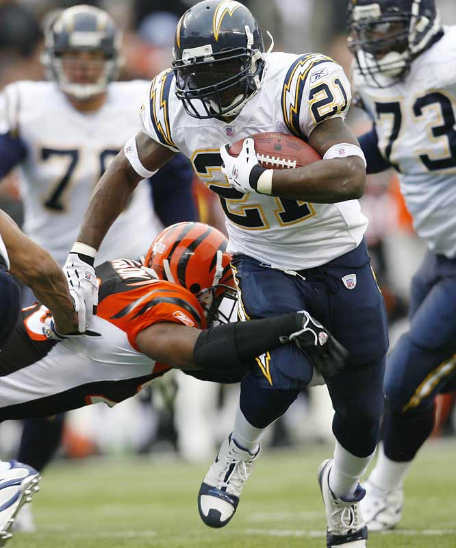 15 ... LaDainian Tomlinson's four touchdowns against the Bengals gave him an NFL-record 15 touchdowns in his last five games. The previous five-game record was 14, set by Jim Brown of the Browns. His streak started on Sept. 28, 1958, when he scored two against the Rams and continued with three against the Steelers on Oct. 5, three against the Cards on Oct. 12, two against the Steelers on Oct. 19 and four against the Cards on Oct. 26.