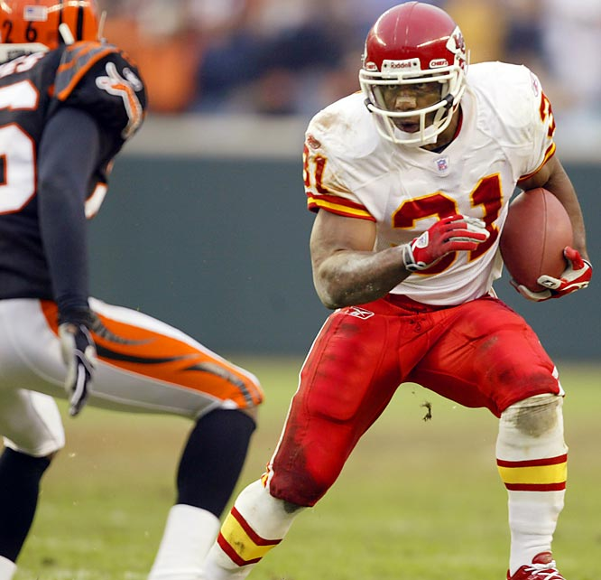 Led by prolific running back Priest Holmes, the Chiefs averaged more than 38 points per game en route to a 9-0 record in 2003. But their vaunted offense stalled against the Bengals, who beat them 24-19 win in Cincy. Holmes set an NFL record with 27 rushing touchdowns that season, but didn't reach the end zone against the Bengals. Kansas City ended the season at 13-3 and fell to the Colts in first round of the AFC playoffs.