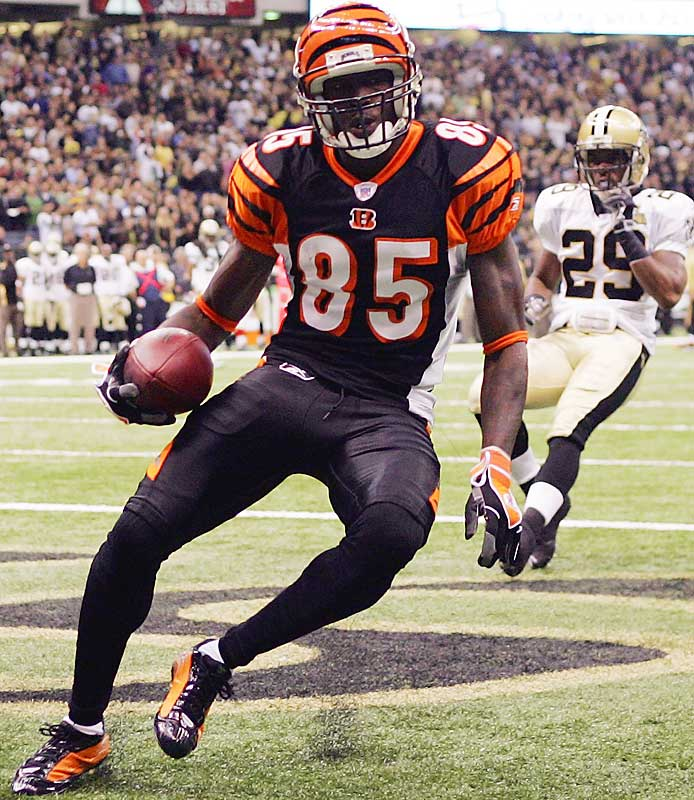 With 190 yards receiving -- and three touchdowns -- against New Orleans, Cincy wideout Chad Johnson broke the all-time record for receiving yards in back-to-back games with 450.