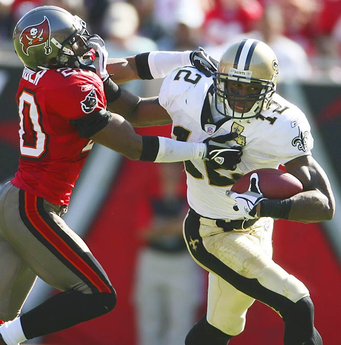 New Orleans receiver Marques Colston had 11 catches for 123 yards and his seventh touchdown of the season. He's fourth in the league in receiving yards with 700.