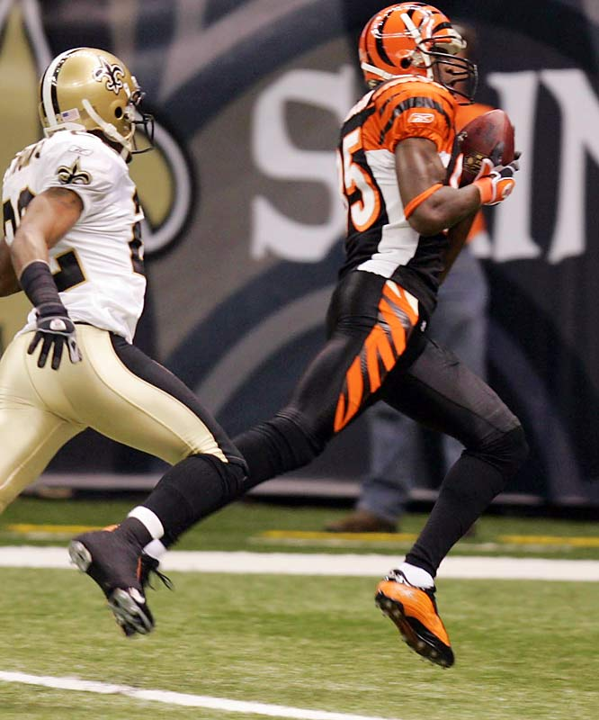 450 ... Bengals receiver Chad Johnson followed his 260-yard performance against the Chargers with 190 receiving yards against the Saints. His 450 total yards is the most in NFL history in a two-game span. The previous record for most yards in two games was 448 by John Taylor of the 49ers, who had 162 yards against the Falcons on Dec. 3, 1989, and 286 eight days later against the Rams.