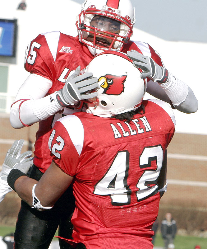 Harry Douglas (85) caught five balls for 149 yards and two touchdowns as the Cardinals won their school record 11th regular-season game.