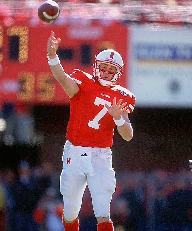 As the centerpiece of Nebraska's last truly effective option attack, Crouch threw for 1,510 yards and seven touchdowns while running for 1,115 yards and 18 scores.