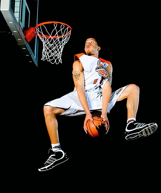 Notre Dame Prep (Fitchburg, Mass.) forward Michael Beasley gets ready to flush a sick dunk. Beasley is rated the nation's No. 3 overall recruit in the Class of 2007 by RISE and has signed with Kansas State.