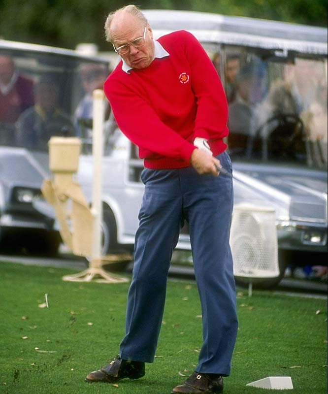 Playing in the Bob Hope Chrysler Classic on New Year's Day 1990, Ford showed off both his enduring strength and everlasting love for the greens.