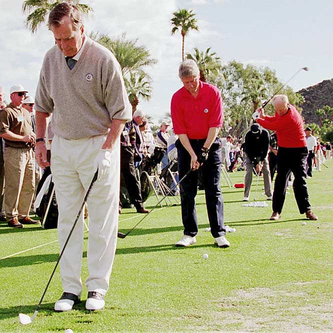 While President George H.W. Bush and Bill Clinton prepared to tee off, Ford was already in the swing of things at the Indian Wells Country Club before playing in the Pro-Am round of the Bob Hope Chrysler Classic golf tourney on Feb. 15, 1995.