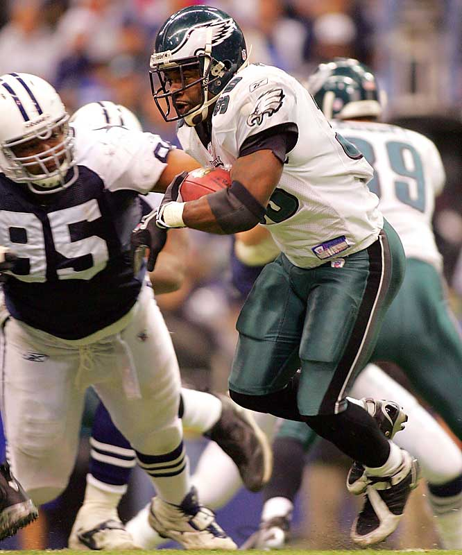 The Dallas D had no answer for Brian Westbrook, who rushed 122 yards on 26 carries for Philly, who now has the upper hand in the race for the NFC East title.