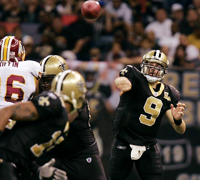 8 ... Drew Brees has eight 300-yard passing games this year. If he adds a ninth one in either of the last two games, he'll post the second-highest total of 300-yard games in NFL history. Only Rich Gannon (10 in 2002), Dan Marino (nine in 1984), Warren Moon (nine in 1990) and Kurt Warner (nine each in 1999 and 2001) have had more 300-yard games than Brees.